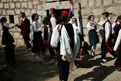 "UNESCO adds Croatian traditions ""Becarac"" and ""Nijemo Kolo"" to heritage list"